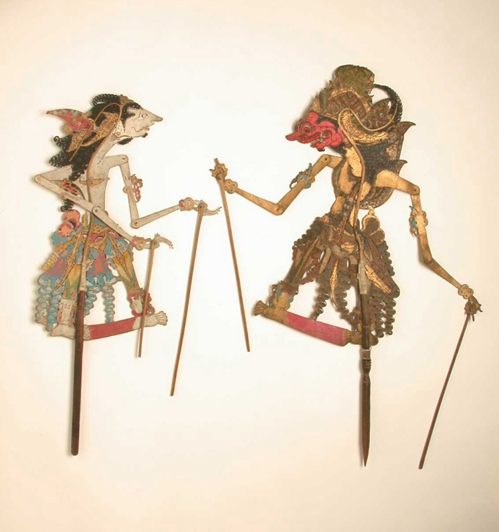 wyg kulit puppet shadow Wayang kulit, an indonesian form of shadow puppetry, holds the audience's attention with riveting storylines executed masterfully by the dhalang, or puppeteer the puppets are made of buffalo hide and intricately designed, down to the most minute detail of costume and color, to help the audience.